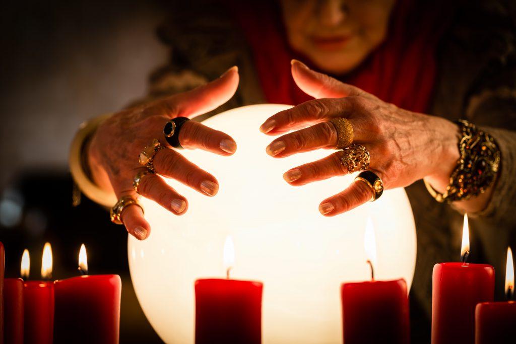 Beneficios y poderes de las brujas