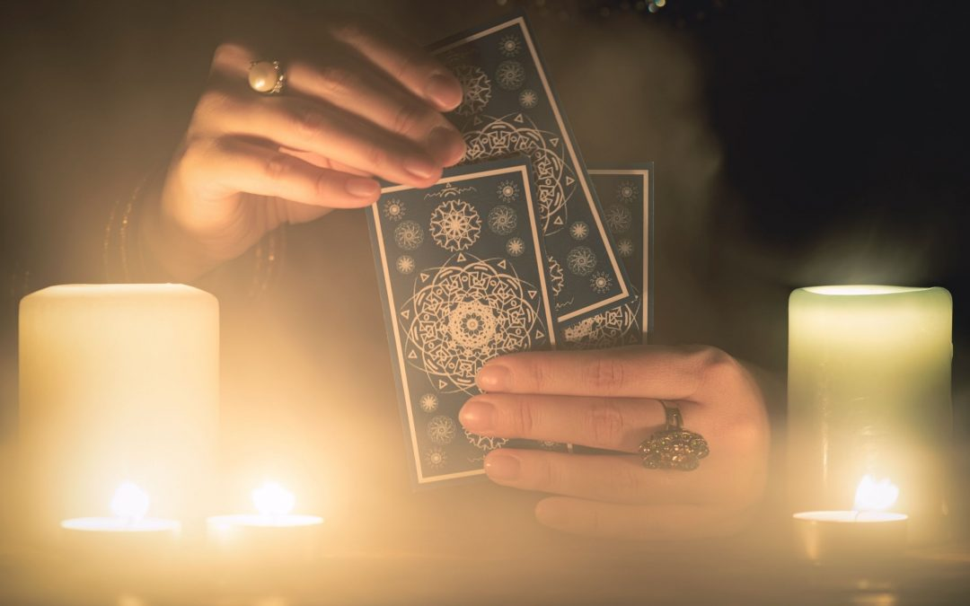 Descubre los beneficios espirituales del tarot